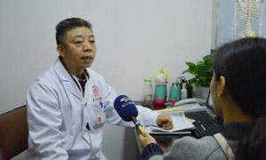 蒙兴文主任针对扶贫圆梦基金接受四川电视台采访